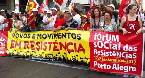 Marcha da Resistência abre atividades do Fórum Social em Porto Alegre
